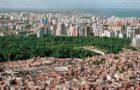 Território e Desigualdades de Renda em Regiões Metropolitanas do Brasil