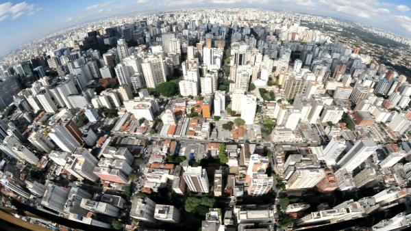 """Resultados do projeto de pesquisa """"Governança e o direito à cidade: conhecimento, inovação e ação para o desenvolvimento urbano do Rio de Janeiro"""""""