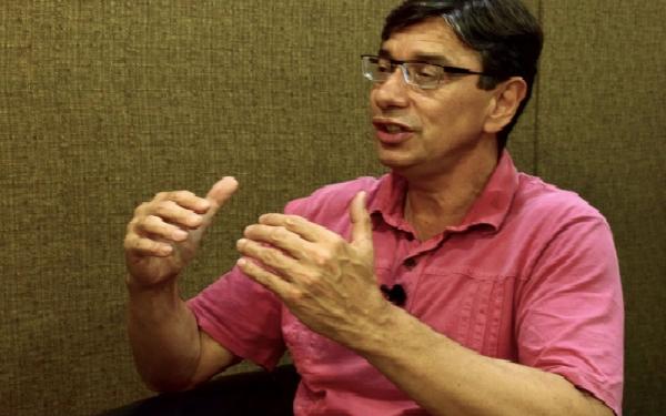 Marcio Pochmann compara PEC 241 ao primeiro ato da Ditadura Militar