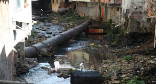 Saneamento básico no Brasil: financeirização, mercantilização e perspectivas de resistência