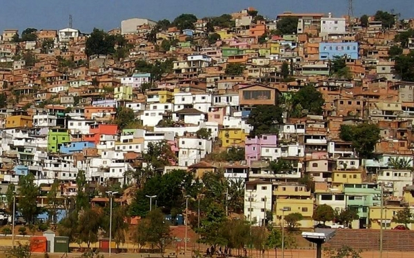 Desafios e propostas para enfrentamento do coronavírus nas periferias urbanas: análise da Região Metropolitana de Belo Horizonte