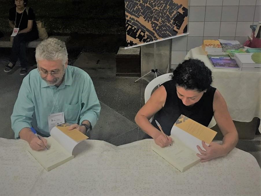 Lançamento do livro Urbanização de Favelas no Brasil