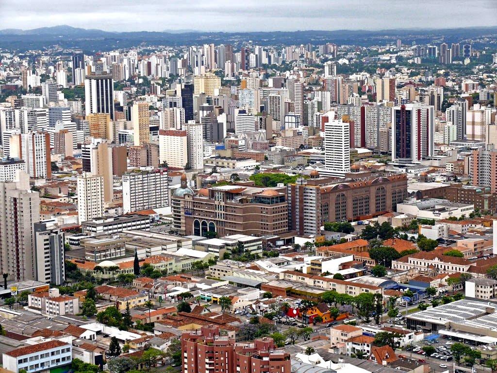 A evolução tardia da COVID-19 na Região Metropolitana de Curitiba