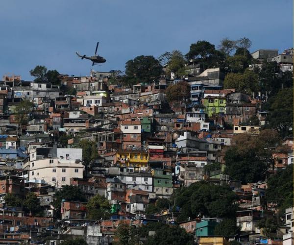 Cidade ameaçada? Panfletos catarinenses para tirar pobres da vista