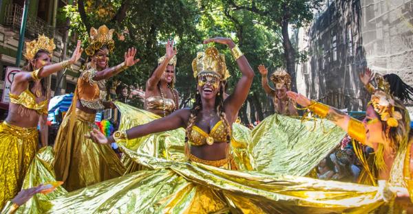 A falta que o Carnaval faz