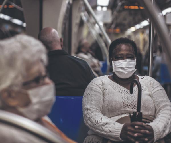 Transporte gratuito para idosos é proteção social essencial na crise