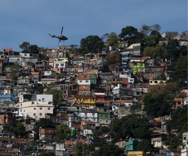 Segregação socioespacial e desigualdades de renda da classe popular na metrópole do Rio de Janeiro